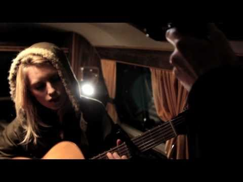 """VDub Sessions // Silje Nes Plays """"Symmetry Of An Empty Space"""" (Episode 19)"""