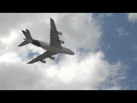 Airbus A380 Flying Demo at 2011 Paris Air Show