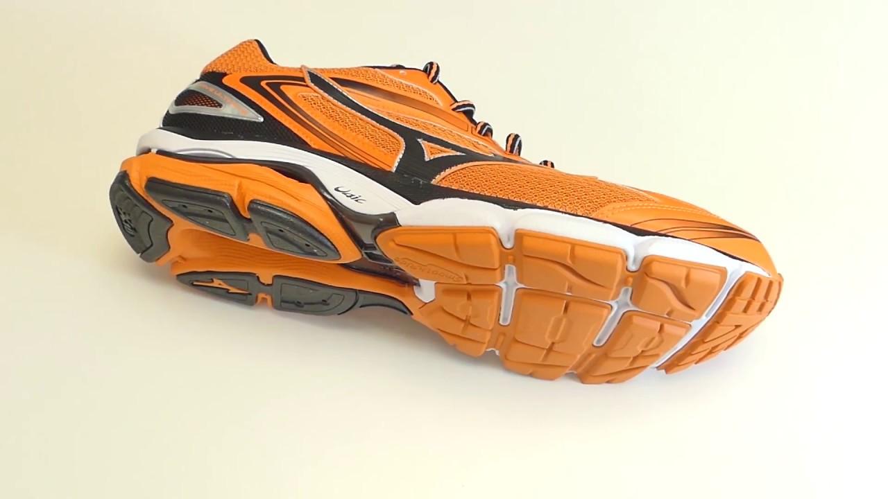 sports shoes 534c4 f6de0 Mizuno