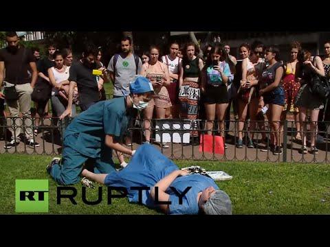 Escort girls in Veinticinco de Mayo