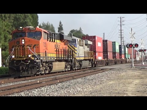 Heavy BNSF Action, Amtrak, Metrolink And UP Local At Santa Fe Springs