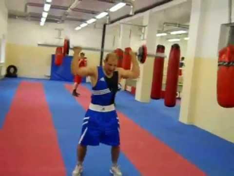силовая тренировка боксёра