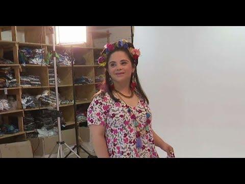 """""""החלום שלי להתחתן"""": הדוגמנית הישראלית הראשונה עם תסמונת דאון על הסט"""