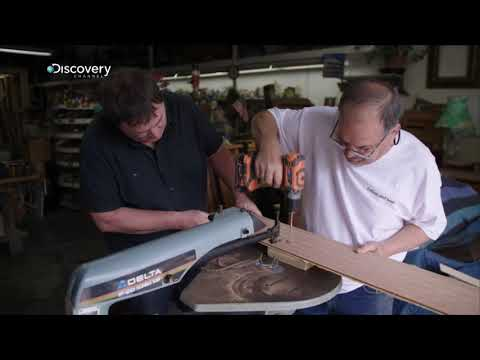 Mike Brewer, fait construire un nouveau tableau de bord pour la Lancia Fulga