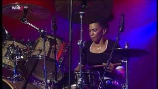 cindy blackman santana band   leverkusener jazztage 2013 fragm