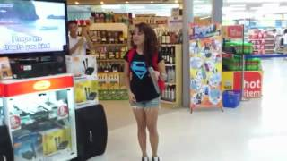 "Girl Sings ""I Will Always Love You"" Karaoke at Supermarket AMAZING!"