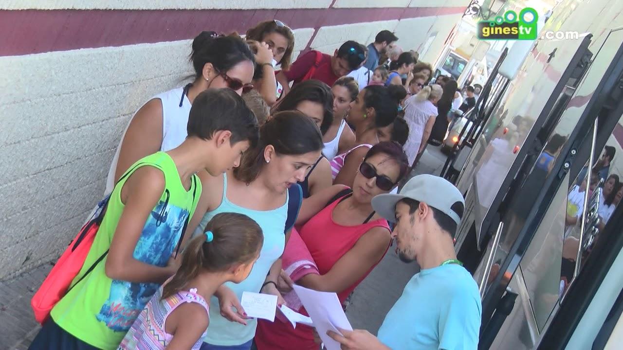 Cerca de 700 vecinos y vecinas de Gines han disfrutado este verano de 'Los jueves al sol'