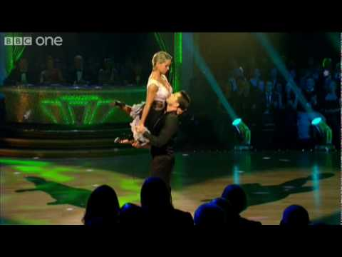 Semi Final: Chris Hollins' Argentine Tango