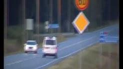 Joensuu 2, 190, Pyhäselkä 191, 2x poliisipartio sekä Ilmari matkalla liikenneonnettomuuteen.