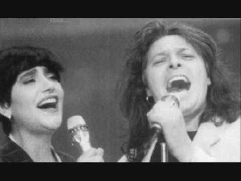 M. Martini & E. Gragnaniello  Luna rossa (live)