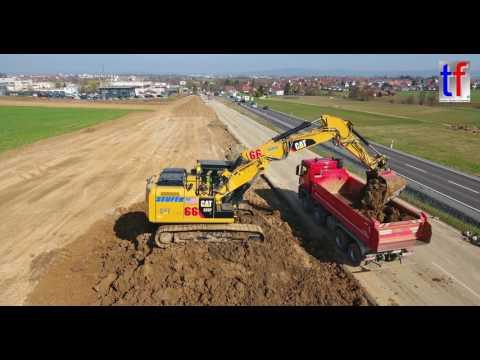 CATERPILLAR 323F L Loads Dump Trucks, Ausbau B14 Nellmersbach -  Waldrems, 16.03.2017.