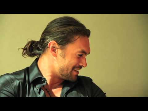 Rhythmic Roze Interviews Jason Momoa