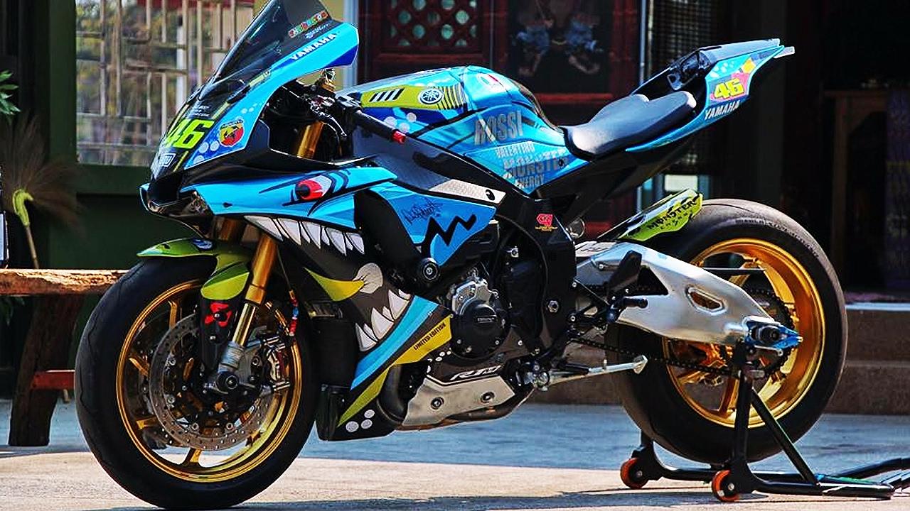 Bikeporn Yamaha R1m Custom Agv Rossi Shark Edition