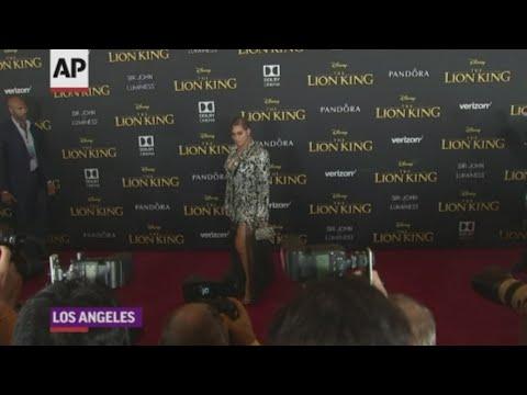 Beyonce dazzles at 'Lion King' premiere
