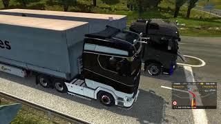 Euro Truck Simulator 2 Segundo convoy (Intento estacionar y pasa esto)