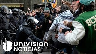 Choques entre la policía y manifestantes en Barcelona