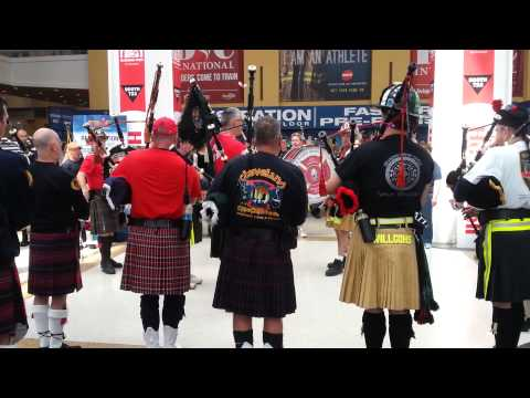 2015 FDIC International Bagpipes and Drums Amazing Grace