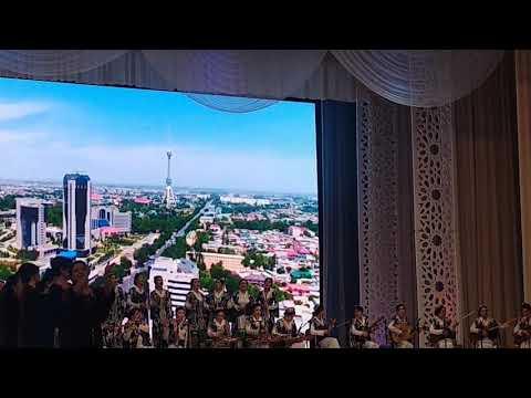 Узтоз У́збекистон халк артисти.Ганижон Тошматов.номидаги Дуторчи кизлар ансанблини.40 йилиги Блан та