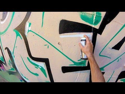 Graffiti - Rake43 - Green and Pink Pieces