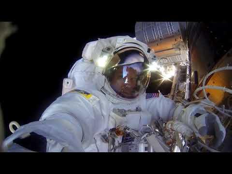 Сенсационные кадры с МКС Редкие кадры  НЛО На орбите
