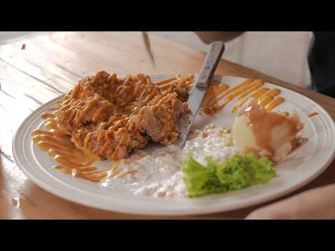 KCHUP MKAN: Cheesy Chicken Chop (Pak Mat Western)