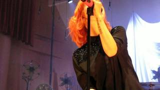 4/13 Paramore - Never Let This Go + Decode @ The Meyerhoff, Baltimore, MD 5/11/15
