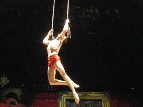 Solo trapeze.Stageworks World Wide Productions.