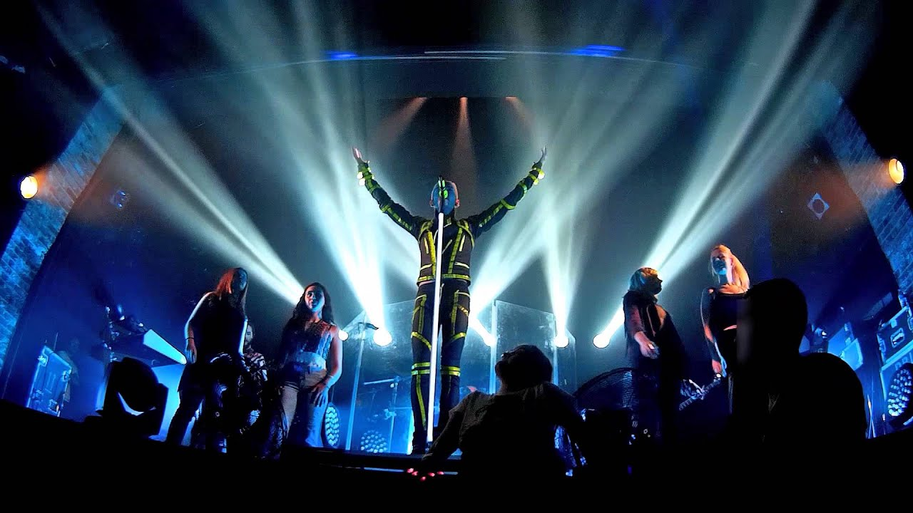 Sieren Stage With Tokio Hotel - Kings Of Suburbia