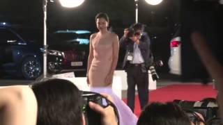 第51屆百想藝術大賞紅毯:申敏兒朴信惠領銜紅毯鬥豔