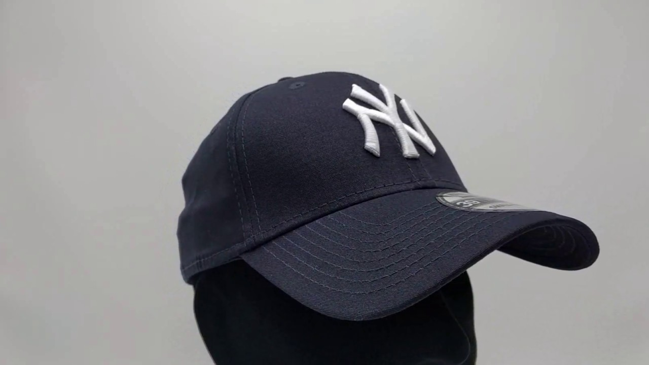 d76d2cc72db New Era 39Thirty Curved cap (3930) NY New York Yankees - navy - €29 ...