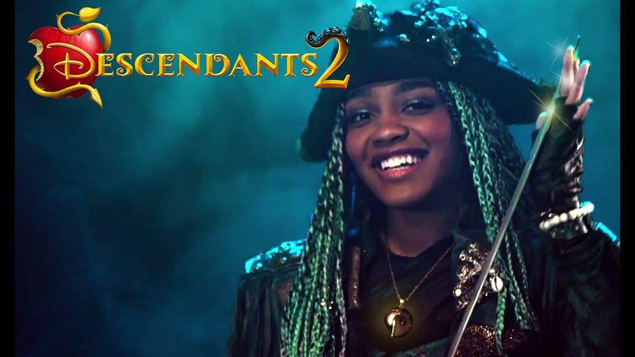 Descendants 2: What's My Name - Uma's backstory! - YouTube