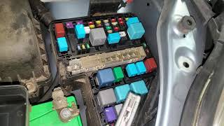 2006 Sienna AC Fuses and Relay Location - YouTube  YouTube