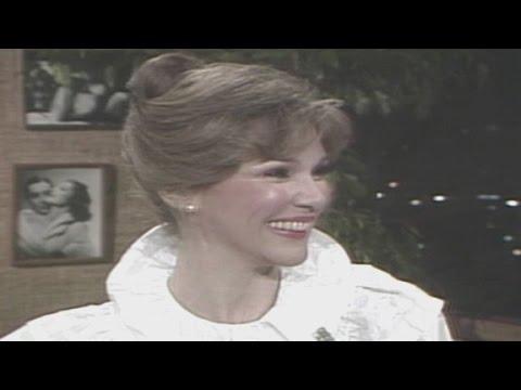 1981: Mary Ann Mobley talks Miss America