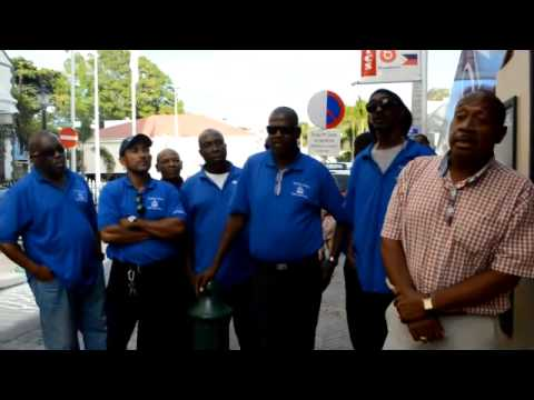 VIDEO SXM TAXI DRIVER BANNED FROM ENTERING HARBOR
