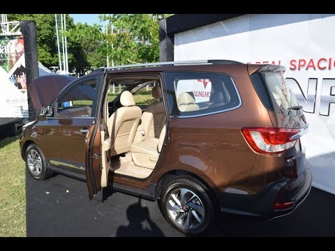 keunggulan mobil wuling confero china 39 pembunuh 39 avanza indonesia banyuwangi terbaru 2017 youtube. Black Bedroom Furniture Sets. Home Design Ideas