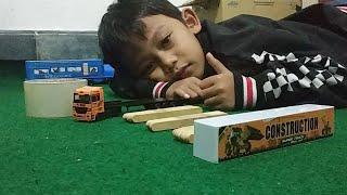 Download Truck kontainer Muat Kayu - Mainan truck