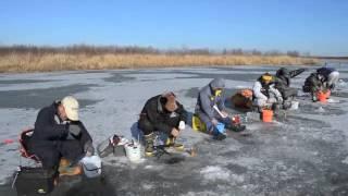 Repeat youtube video 豊頃町十勝川古川の氷上ワカサギ釣り