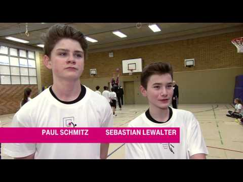 """Baskets at School"" - die Telekom Baskets am EMA Bonn"