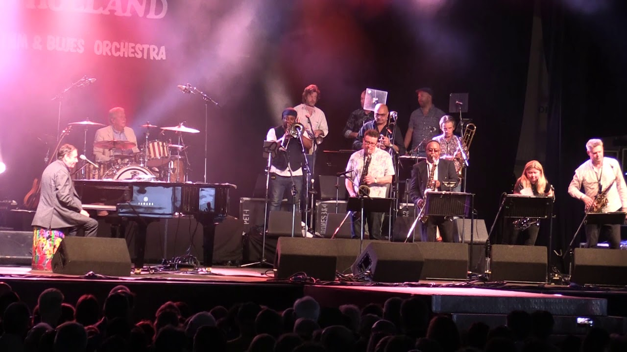 Jools Holland And His Rhythm and Blues Orchestra - The Golden Age Of Song