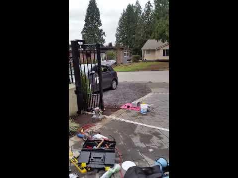 gate motor / www.ca (778)384-2800