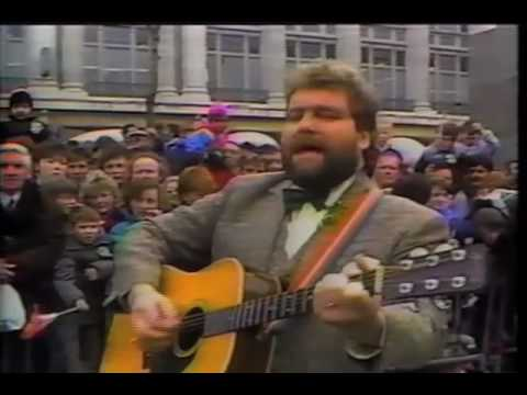 Dublin in the Rare Old Times (written by Pete St John) - Brendan Grace