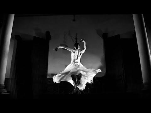 "<h3 class=""list-group-item-title"">""A la luz del Flamenco""   Temporada de verano 2015 enero – febrero – marzo-MUSEO LARRETA</h3>"