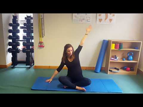 Exercises to relieve upper back and rib pain in pregnancy