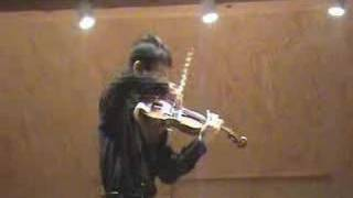Violinist Hao-Ming Xie performs Les Arpeges by Wieniawski