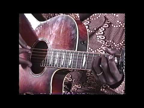 "Aboubacar ""Badian"" Diabate: Malian Guitar Master"