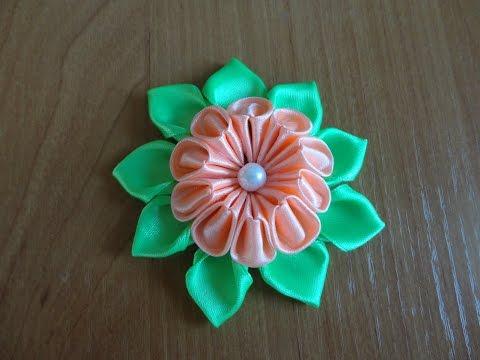 Цветок из атласной ленты. Мастер класс Канзаши