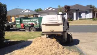 Cylinder Lawn Mowing ( Prepare Lawn ) Part 3/6