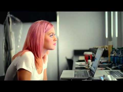 Katy Perry - Part Of Me (Movie) Trailer.