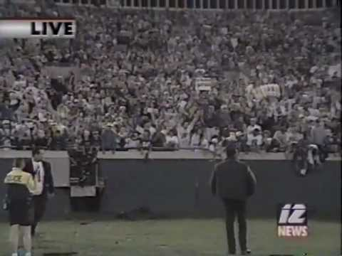 Jaguars Celebrate Playoff win over Broncos 1996 (pt1)