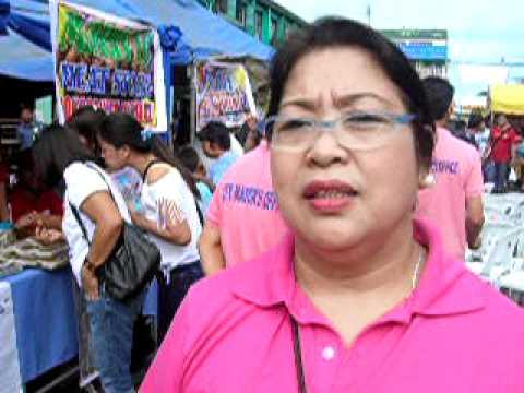 Mercy Bautista Tindera ng longganisa sa Cabanatuan City.MOV